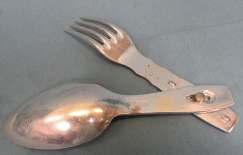 Stewarts Military Antiques - - German WWII Folding Fork
